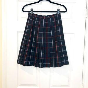 BURBERRY Pleated Wool Skirt!